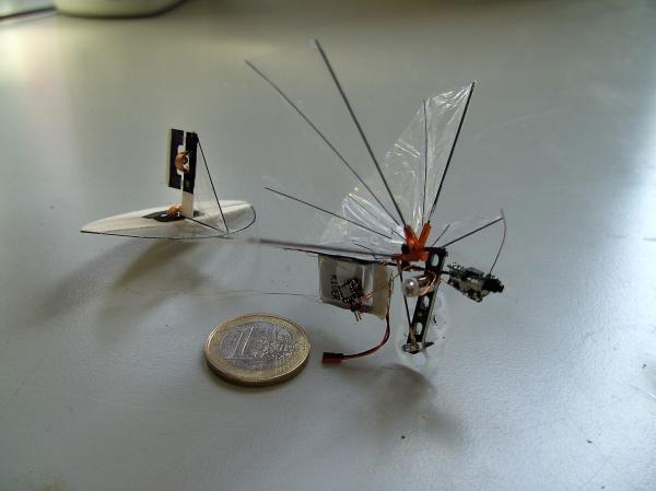 Những robot tí hon biết bay này sẽ có rất nhiều ứng dụng trong thực tế.