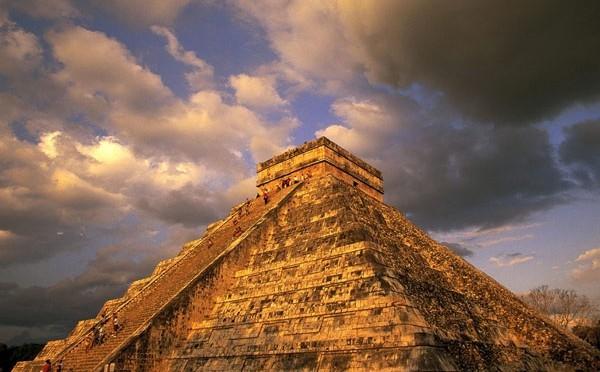 Kim tự tháp Phetan của người Maya