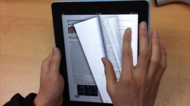 Với Hệ thống đọc thông minh, người dùng có thể lật trang sách điện tử dễ dàng