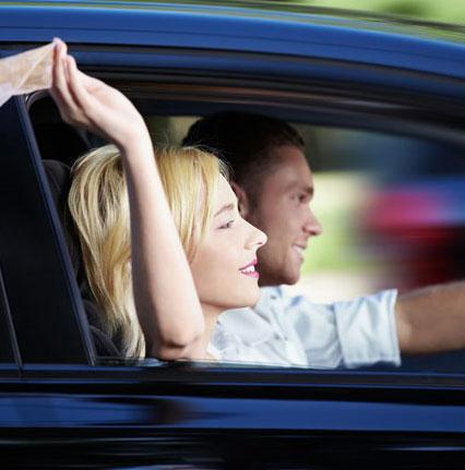 Người lái loại xe sang trọng hay cướp đường, không dừng cho người đi bộ qua đường hơn những người thuộc tầng lớp thấp hơn.