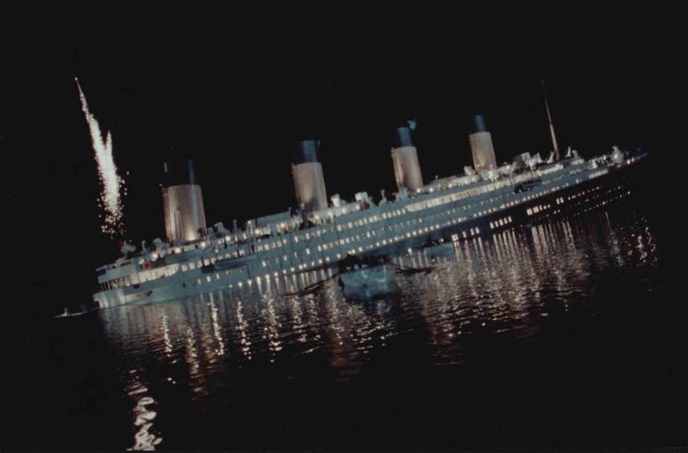 Hình minh họa vụ đắm tàu Titanic trên Đại Tây Dương vào rạng sáng ngày 15/4/1912.