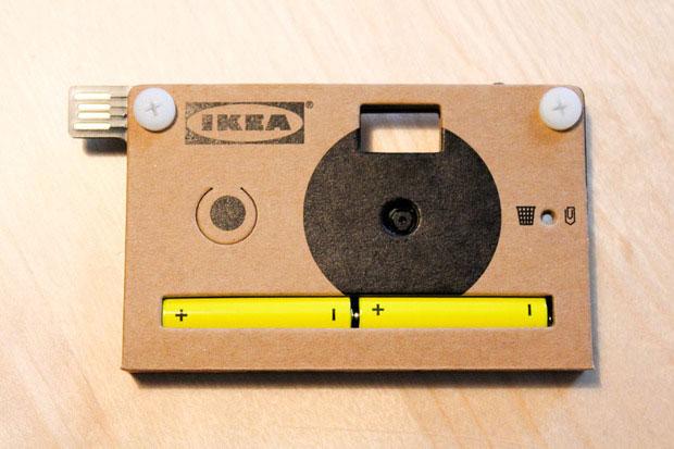 Máy ảnh KNÄPPA vỏ làm bằng bìa cứng
