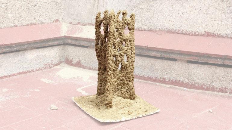 Một sản phẩm kiến trúc với đất, cát và chất liệu kết dính do Stone Spray thực hiện