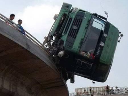 Tai nạn cũng Muôn hình vạn trạng