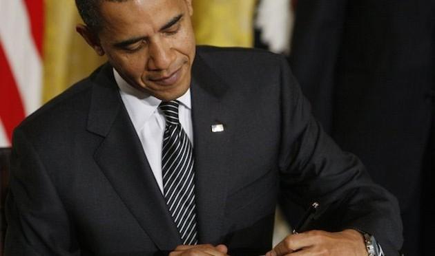 Tổng thống Mỹ, Barack Obama là một trong những người thuận tay trái nổi tiếng nhất thế giới.