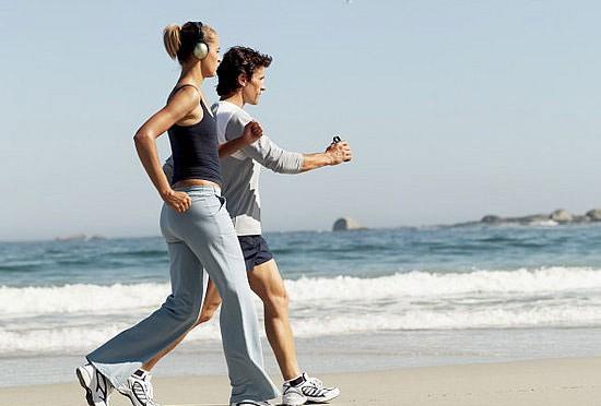 Những người chỉ tin vào năng lực bản thân tập thể dục nhiều hơn và sống lành mạnh hơn so với những người tin vào số phận.