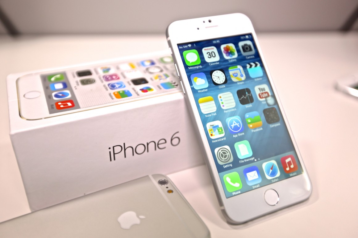 iPhone màu vàng gold cháy hàng