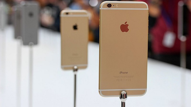 Đêm ngày 24/9 cư dân mạng bất ngờ dậy sóng bởi xuất hiện hình ảnh của cặp đôi iPhone 6/ iPhone 6s chính thức lên kệ